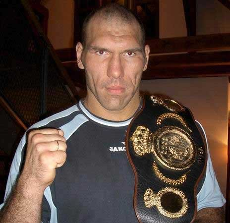 http://synews.ru/uploads/posts/2008-08/1219749639_valuev1.jpg